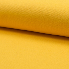 Puño amarillo